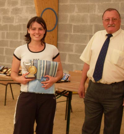 Candy Scordia la gagnante, avec Régis Laviolette de la ligue de bretagne de pétanque