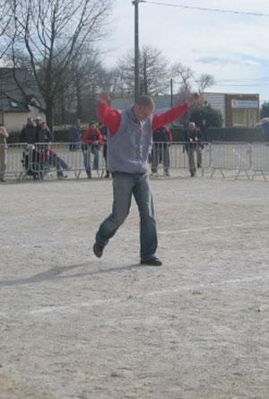 Brendan Morand champion les bras au ciel
