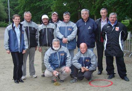 Lancement de la finale de championnat triplette vétéran de pétanque 2007