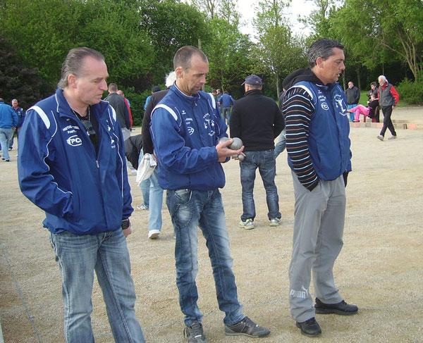 La triplette de la petanque pontivyenne a Cleder.