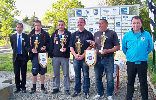 finalistes du ligue doublette masculin a Montfort sur Meu