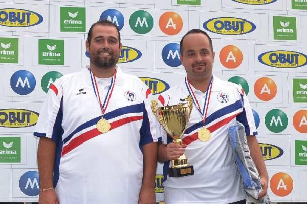 Durk et Savin champions de France de petanque
