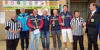 champions de petanque veteran de l'ASPTT Vannes en avril 2017