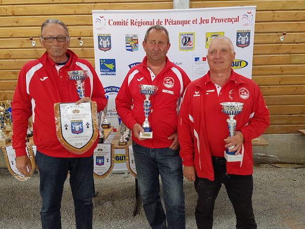 finalistes du championnat de Bretagne triplette vétéran 2018 à St Gilles