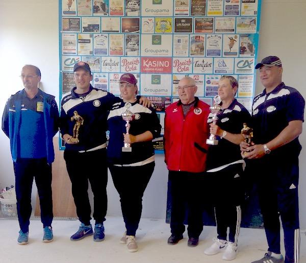 champions et vice champions doublette mixte 2019 à St Jean Villenard