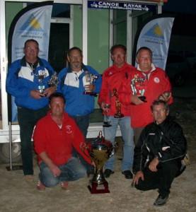 Récompenses aux champions en doublette vétéran 2011 à Lochrist
