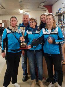 Sylvie Thevenin, Patricia Valentini et Marie Bouger remportent la coupe féminine de pétanque
